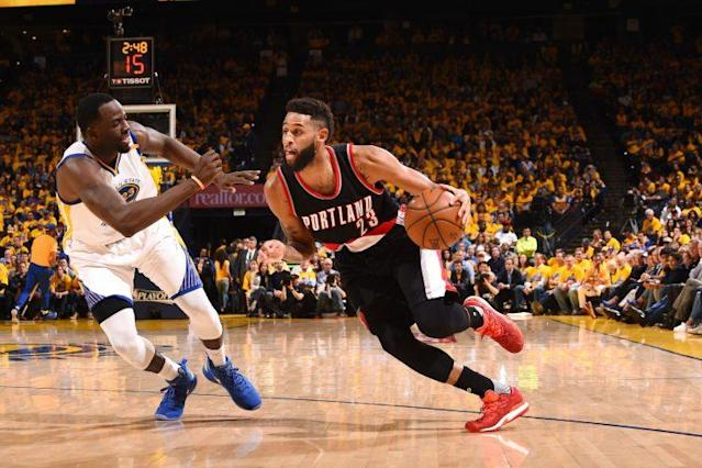 "<a class=""link rapid-noclick-resp"" href=""/nba/players/5201/"" data-ylk=""slk:Allen Crabbe"">Allen Crabbe</a> is heading to Brooklyn. (Getty)"