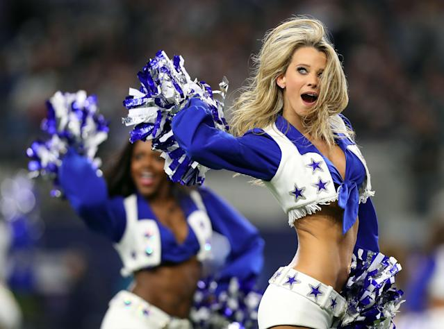 <p>A Dallas Cowboys Cheerleader performs during the football game between the Philadelphia Eagles and the Dallas Cowboys at AT&T Stadium on November 19, 2017 in Arlington, Texas. (Photo by Tom Pennington/Getty Images) </p>