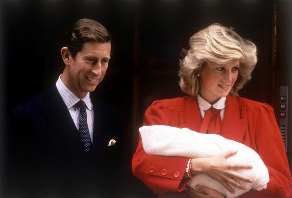Prince Charles & Princess Diana leaving hospital after the birth of Prince Harry dbase MSI Glossary. 16th September 1984. (Photo by R Wells, J Fraser, P Brooks/Mirrorpix/Getty Images)