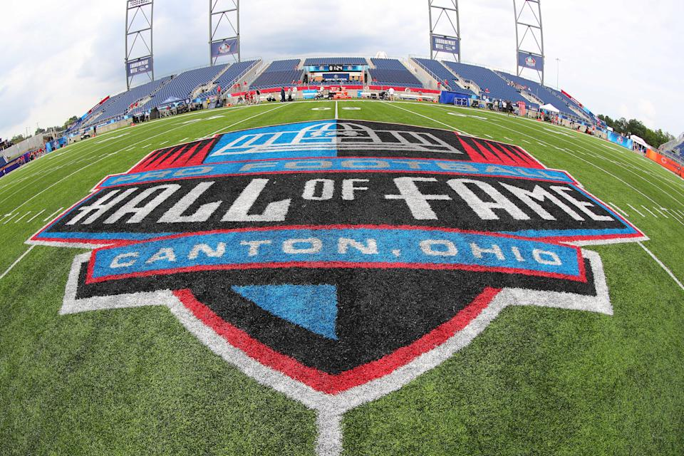CANTON, OH - AUGUST 02:   A General view of the Hall of Fame Logo at midfield prior to the National Football League Hall of Fame Game between the Chicago Bears and the Baltimore Ravens on August 2, 2018 at Tom Benson Hall of Fame Stadium in Canton, Ohi0.(Photo by Rich Graessle/Icon Sportswire via Getty Images)