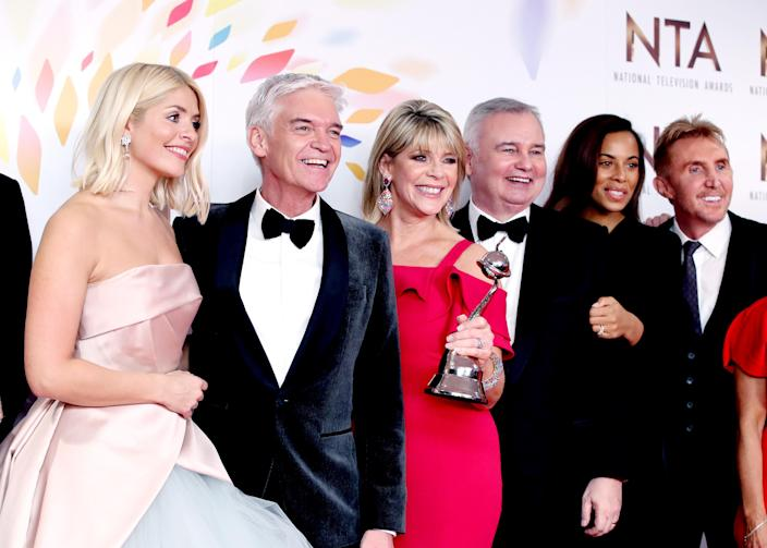 """Holly Willoughby, Phillip Schofield, Ruth Langsford, Eamonn Holmes, Rochelle Humes of """"This Morning"""", pose in the winners room after winning the Live Magazine Show award during the National Television Awards 2020 at The O2 Arena on January 28, 2020 in London, England. (Photo by Mike Marsland/WireImage)"""