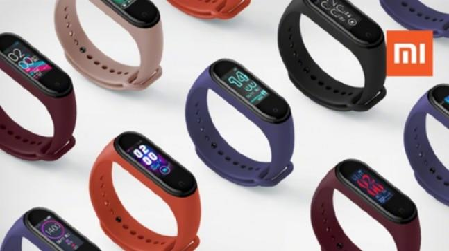 Ahead of the launch the Mi Band 4 is spotted listed on AliExpress website. The retail website has listed the Mi Band 4 with a price tag of US $49.99. Surprisingly, the Mi Band 4 is already up on sale on the e-commerce website.