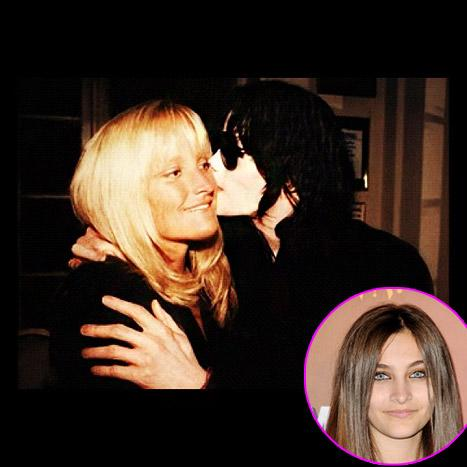 """Michael Jackson Remembered: Paris Shares """"Mommy and Daddy"""" Photo"""