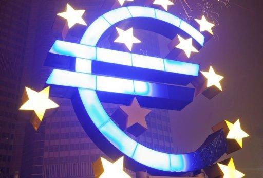 "The OECD favours ""a further easing in the euro area of the ECB's 1.0% rate"