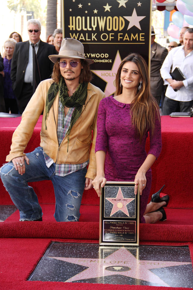 """<a href=""""http://movies.yahoo.com/movie/contributor/1800019485"""">Johnny Depp</a> and <a href=""""http://movies.yahoo.com/movie/contributor/1800019548"""">Penelope Cruz</a> attend the ceremony honoring her with a star on The Hollywood Walk of Fame in Hollywood on April 1, 2011."""