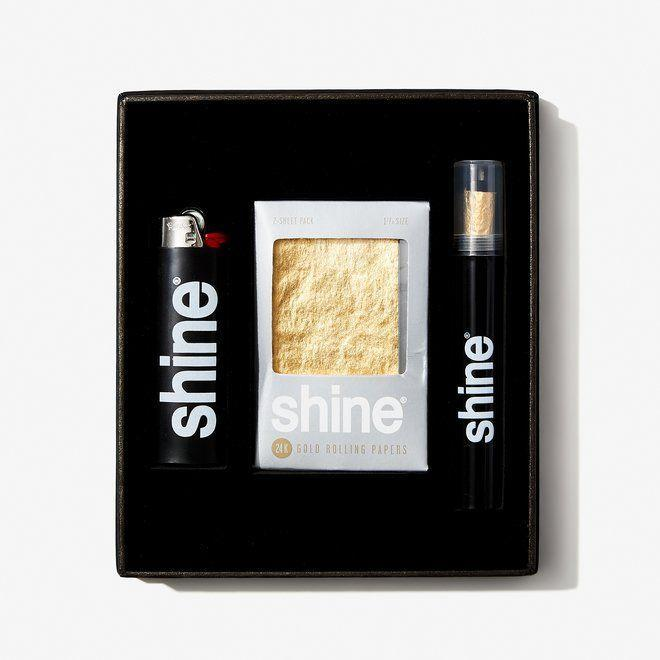 """<p><strong>Shine</strong></p><p>bespokepost.com</p><p><strong>$44.00</strong></p><p><a href=""""https://go.redirectingat.com?id=74968X1596630&url=https%3A%2F%2Fwww.bespokepost.com%2Fstore%2Fshine-shine-gift-box&sref=https%3A%2F%2Fwww.esquire.com%2Flifestyle%2Fg22141607%2Fbest-gifts-for-boyfriend-ideas%2F"""" rel=""""nofollow noopener"""" target=""""_blank"""" data-ylk=""""slk:Buy"""" class=""""link rapid-noclick-resp"""">Buy</a></p><p>For the boyfriend who appreciates the finer—<em>shinier</em>, if you will—things in life. </p>"""