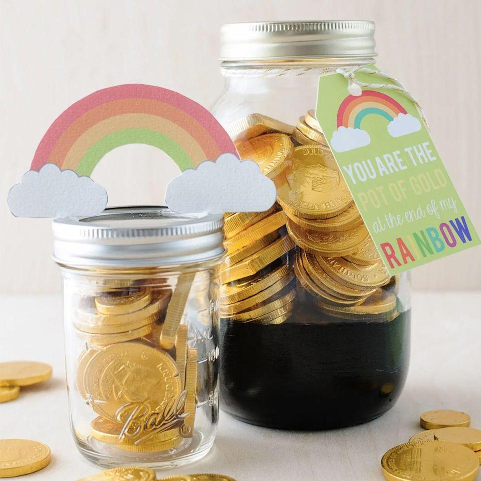 """<p>The sentiment on the tag (""""You are the pot of gold at the end of theh rainbow."""") is just as sweet as the gift itself because well, chocolate coins. </p><p><em><a href=""""https://www.polkadotchair.com/pot-gold-mason-jar-gift-idea/"""" rel=""""nofollow noopener"""" target=""""_blank"""" data-ylk=""""slk:Get the tutorial at Polkadot Chair »"""" class=""""link rapid-noclick-resp"""">Get the tutorial at Polkadot Chair »</a></em></p>"""