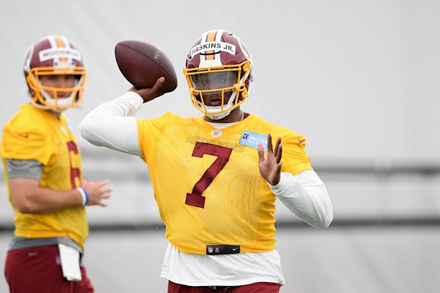 """He only knows about 20 percent of the playbook, but new Washington quarterback <a class=""""link rapid-noclick-resp"""" href=""""/nfl/players/31847/"""" data-ylk=""""slk:Dwayne Haskins"""">Dwayne Haskins</a> has impressed Jay Gruden early at rookie minicamp. (AP/Nick Wass)"""
