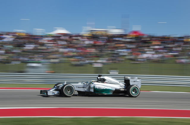British driver Lewis Hamilton of Mercedes AMG Petronas during the qualifying round of the United States Formula One Grand Prix in Austin, Texas on November 1, 2014 (AFP Photo/Jim Watson)