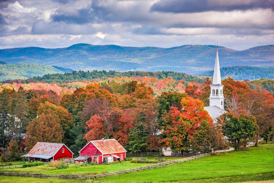 """<p><strong>Where to go:</strong> Vermont's Northeast Kingdom comes alive as the leaves take on vibrant reds, yellows, and oranges, but you can't go wrong visiting any region of the state. A full calendar of harvest festivals celebrate artisan crafts, all things pumpkin, and of course seasonal food. (Sign us up for the <a href=""""http://www.cabotvermont.org/annual-events/"""" rel=""""nofollow noopener"""" target=""""_blank"""" data-ylk=""""slk:Cabot Apple Pie Festival"""" class=""""link rapid-noclick-resp"""">Cabot Apple Pie Festival</a>, please.)</p><p><strong>When to go:</strong> <a href=""""https://www.vermont.com/foliage.cfm"""" rel=""""nofollow noopener"""" target=""""_blank"""" data-ylk=""""slk:Early October"""" class=""""link rapid-noclick-resp"""">Early October</a></p><p><a class=""""link rapid-noclick-resp"""" href=""""https://go.redirectingat.com?id=74968X1596630&url=https%3A%2F%2Fwww.tripadvisor.com%2FHotels-g28966-Vermont-Hotels.html&sref=https%3A%2F%2Fwww.redbookmag.com%2Flife%2Fg34045856%2Ffall-colors%2F"""" rel=""""nofollow noopener"""" target=""""_blank"""" data-ylk=""""slk:FIND A HOTEL"""">FIND A HOTEL</a></p>"""