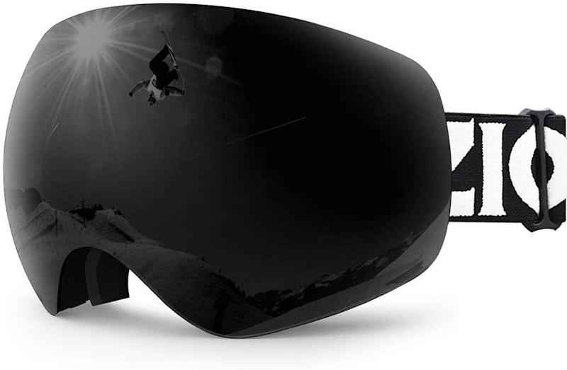 Get panoramic vision on the slopes—with no glare in sight. (Photo: Amazon)