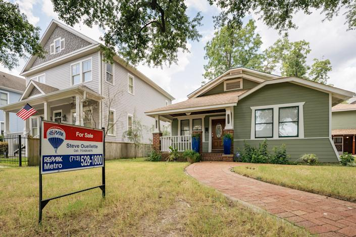 HOUSTON, TEXAS - AUGUST 12: A home, available for sale, is shown on August 12, 2021 in Houston, Texas. Home prices have climbed during the pandemic as low interest rates and working from home has become more abundant. Home prices around the country continue to surge in the second quarter as strong demand continues to overwhelm the supply of homes for sale. Nationwide, the median single-family existing-home sales price increased by 22.9% in the second quarter. (Photo by Brandon Bell/Getty Images)