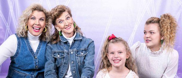 PHOTO: Cindy Simmons and her mother, Momma Jane, were photographed for their family's Christmas photo. (Frankie Whitlach/321 Action Films)