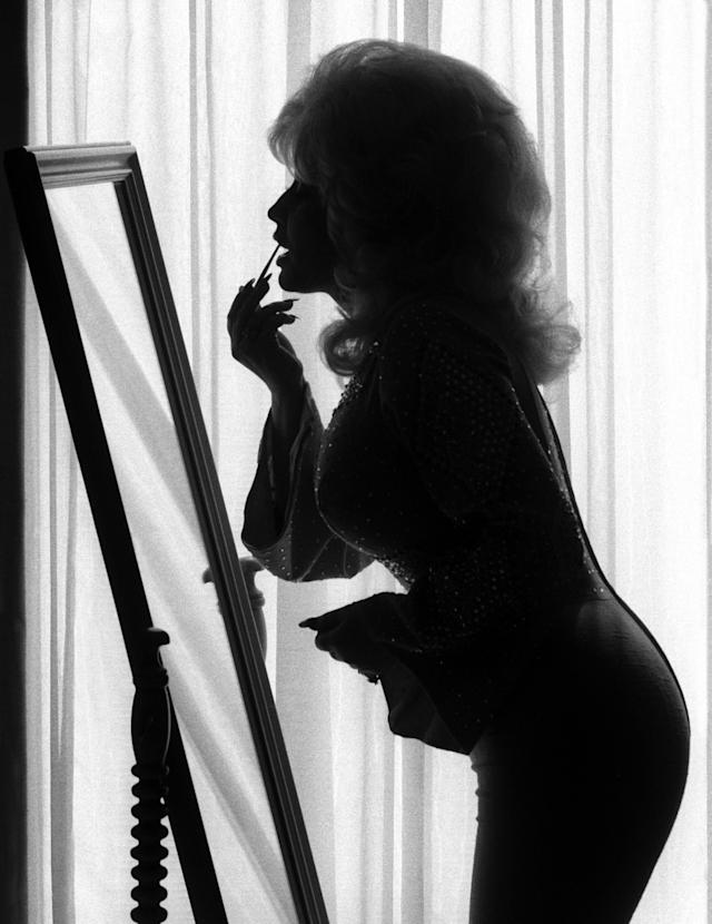 "<p>Dolly Parton, Nashville, Tenn., 1976. (Photograph from ""Harry Benson: Persons of Interest"" by Harry Benson, published by powerHouse Books) </p>"