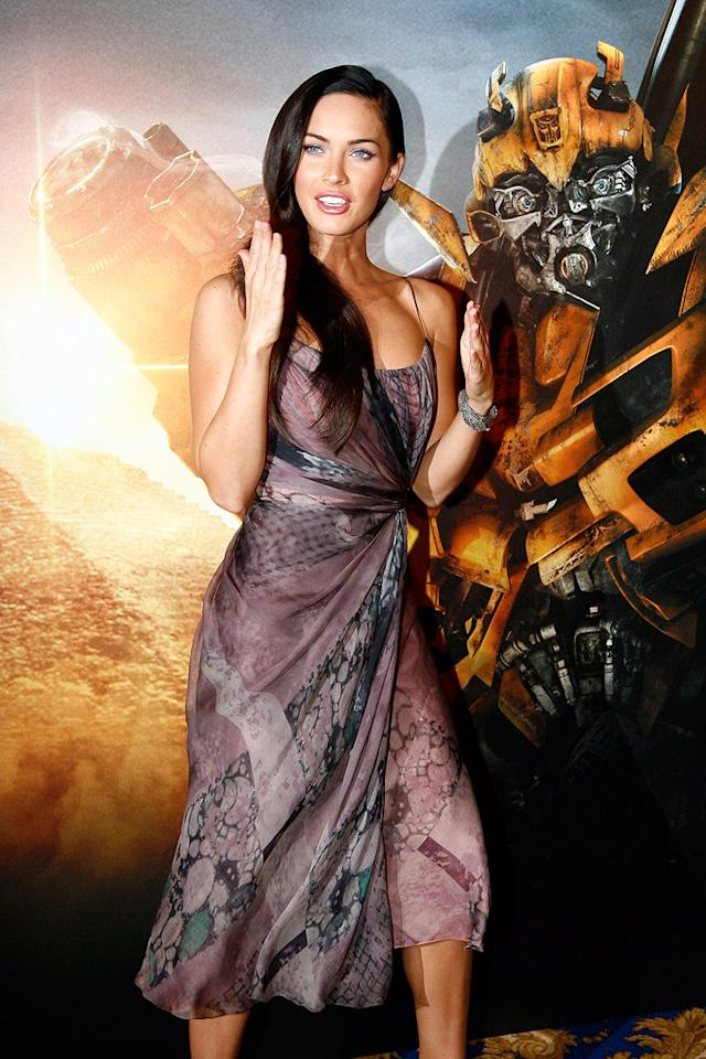 """<a href=""""http://movies.yahoo.com/movie/contributor/1808488000"""">Megan Fox</a> at the Paris photocall for <a href=""""http://movies.yahoo.com/movie/1809943432/info"""">Transformers: Revenge of the Fallen</a> - 06/12/2009"""