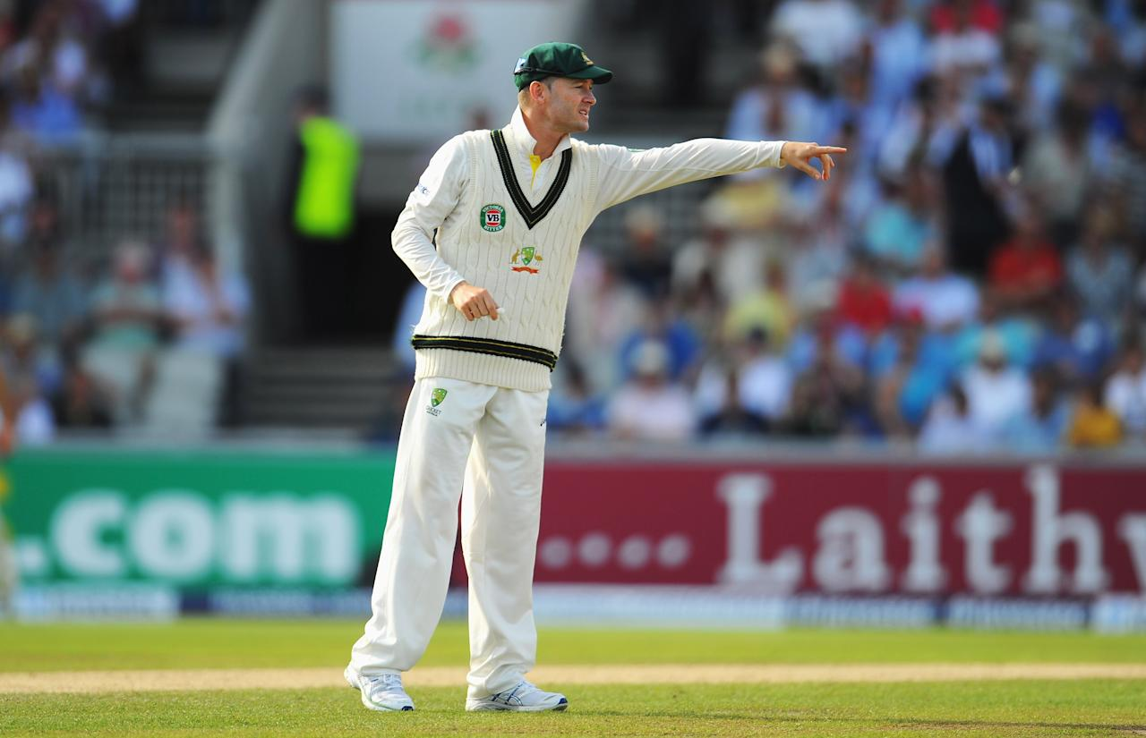 MANCHESTER, ENGLAND - AUGUST 03: Michael Clarke of Australia gives instructions during day three of the 3rd Investec Ashes Test match between England and Australia at Emirates Old Trafford Cricket Ground on August 3, 2013 in Manchester, England.  (Photo by Stu Forster/Getty Images)