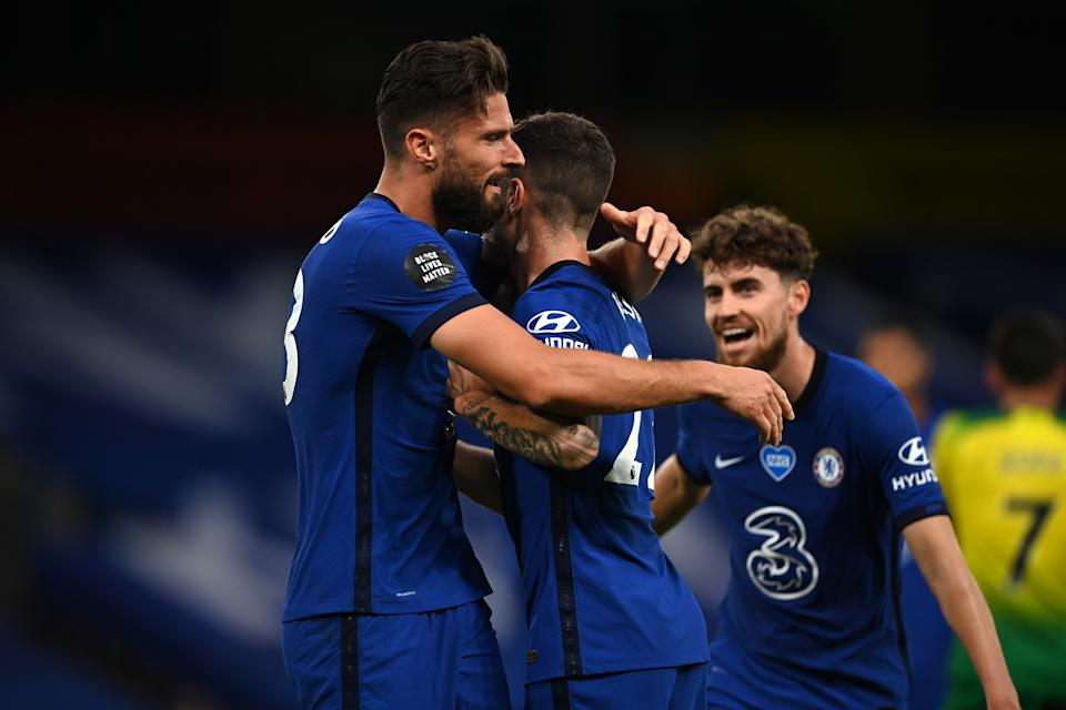 Olivier Giroud (left) scored the game-winning goal for Chelsea off a perfect cross by Christian Pulisic (middle). (Darren Walsh/Getty Images)