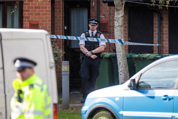 <p>Police officers on the scene during a search on an address in Stanwell on Sept. 17, 2017 in London, England. A second man has today been arrested in connection with the Parsons Green attack which left 30 injured. (Photo: Jack Taylor/Getty Images) </p>