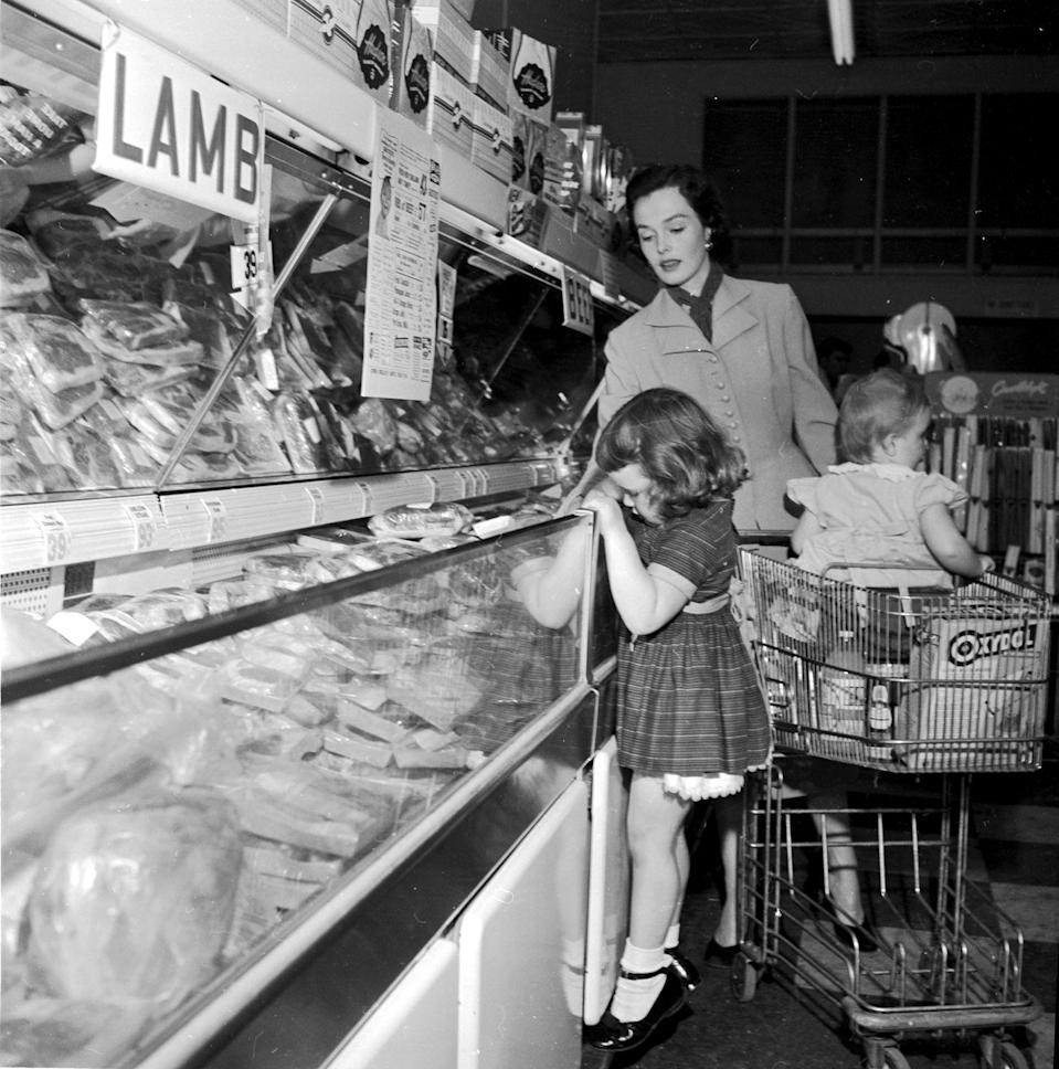 "<p>From shopping carts with built-in child seats to <a href=""https://progressivegrocer.com/new-frontiers-1950s"" rel=""nofollow noopener"" target=""_blank"" data-ylk=""slk:kiddie corrals"" class=""link rapid-noclick-resp"">kiddie corrals</a> that were set up to entertain your children while you shopped, grocery stores in the 20th century made it easy on parents to bring their kids with them to the market.</p>"