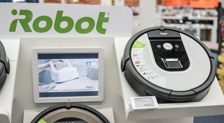 An iRobot (IRBT) Roomba inside Saturn electronic store