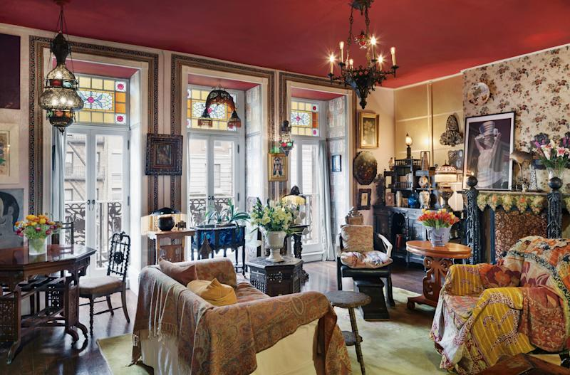 Perhaps you can guess Suzanne Lipschutz's profession by her maximalist interiors—she's an antiques dealer and wallpaper expert.
