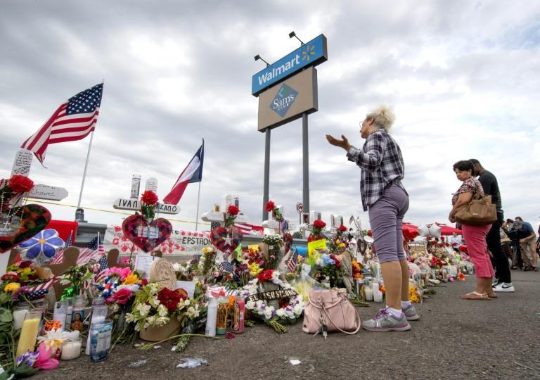 US President Donald Trump has been walking a difficult line since the Ohio and Texas mass shootings