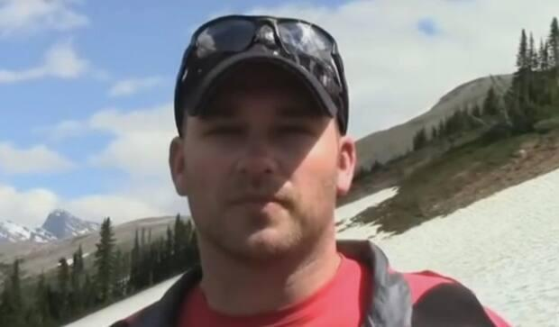 Ottawa police Const. Carl Keenan, 42, joined the force in 2006. This image appears in a 2012 YouTube video showing Keenan training with other military veterans to climb Mount Everest. (Muse Entertainment/YouTube - image credit)