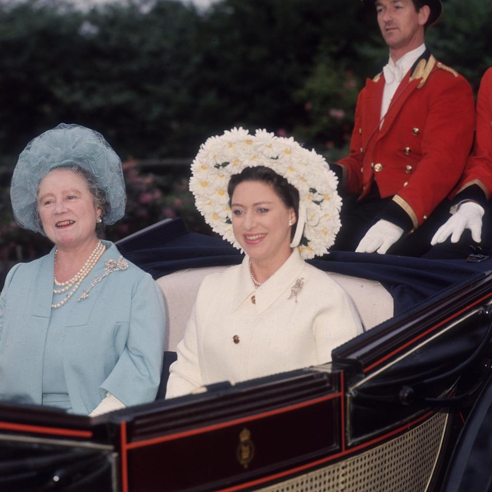 Princess Margaret (1930 - 2002) and the Queen Mother (1900 - 2002) arriving for the fourth day - George W. Hales