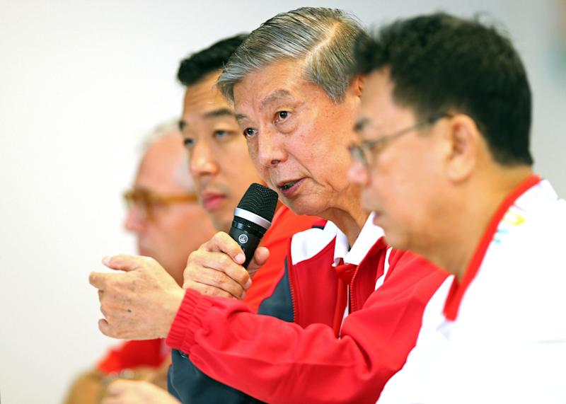 28th SEA Games Singapore 2015 - Singapore Sports Hub, Singapore - 16/6/15 Team Singapore Post-Games Media Conference - Singapore's Chef de Mission Dr Tan Eng Liang (2nd R) speaks TEAMSINGAPORE Mandatory Credit: Singapore SEA Games Organising Committee / Action Images via Reuters