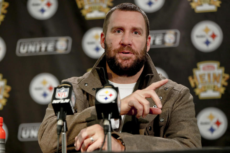 Pittsburgh Steelers quarterback Ben Roethlisberger has been criticized for calling out teammates on his radio show. (AP)