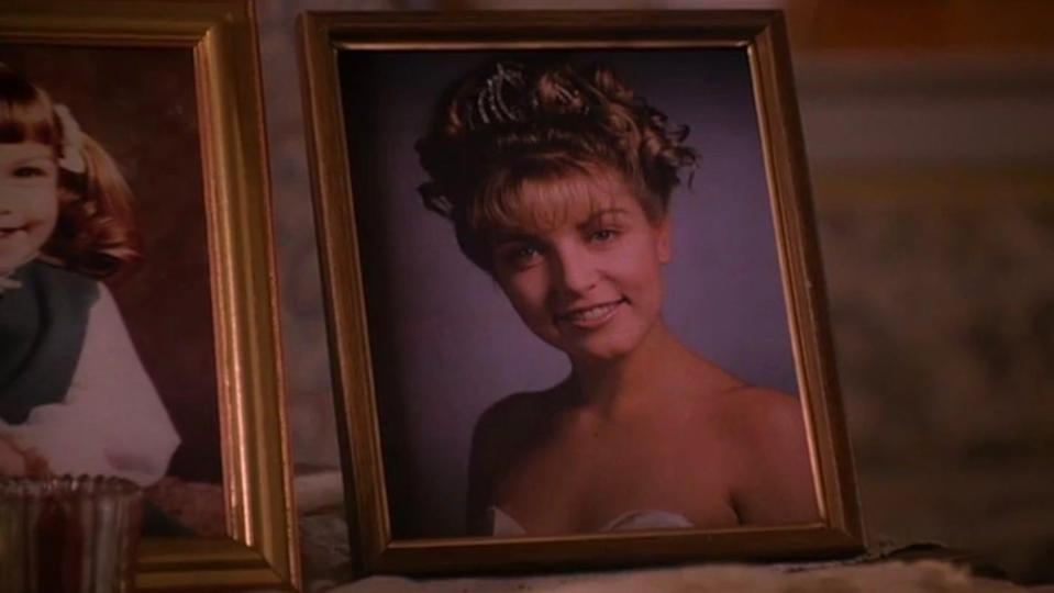 Who killed Laura Palmer? Here's your chance to find out.