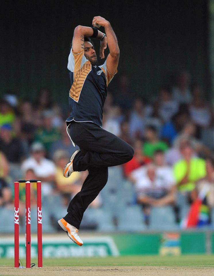 EAST LONDON, SOUTH AFRICA - DECEMBER 23:   Roneel Hira of New Zealand sends off a delivery during the 2nd T20 match between South Africa and New Zealand at Buffalo Park on December 23, 2012 in East London, South Africa.  (Photo by Duif du Toit/Gallo Images/Getty Images)
