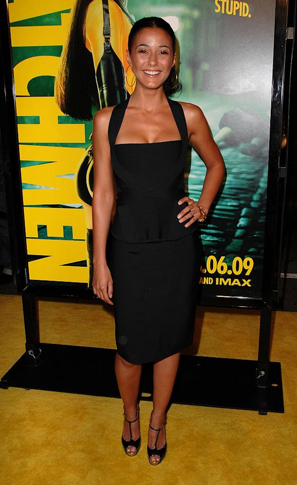 """<a href=""""http://movies.yahoo.com/movie/contributor/1800353397"""">Emmanuelle Chriqui</a> at the Los Angeles premiere of <a href=""""http://movies.yahoo.com/movie/1808406490/info"""">Watchmen</a> - 03/02/2009"""