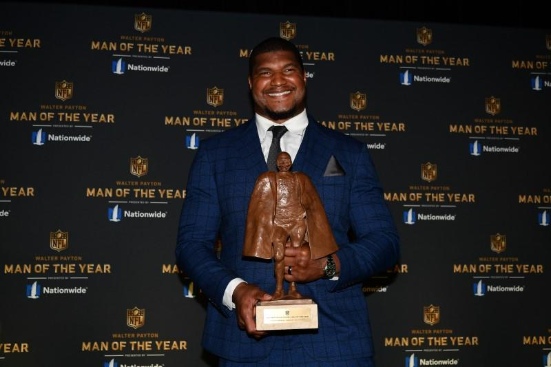 Campbell wins Walter Payton Man of the Year, Jackson is Most Valuable Player