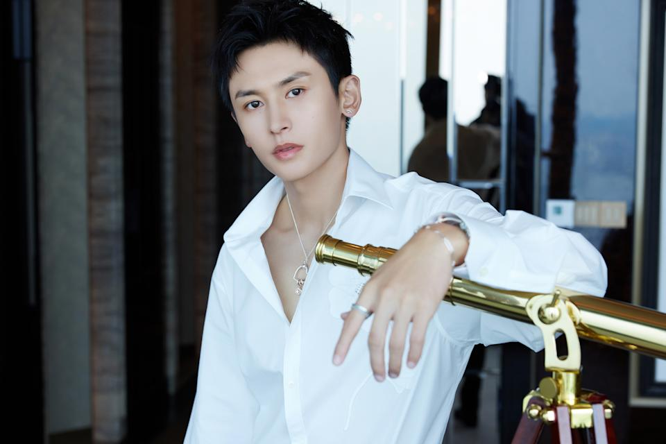 Zhang Zhehan becomes increasingly popular after starring in Chinese boys' love drama Word Of Honour. (Photo: Weibo/7024312336)