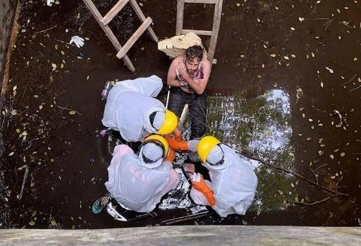 Jacob Roberts was rescued from a well in Bali six days after he fell into it. (Picture: Badung Police/AFP/Getty)