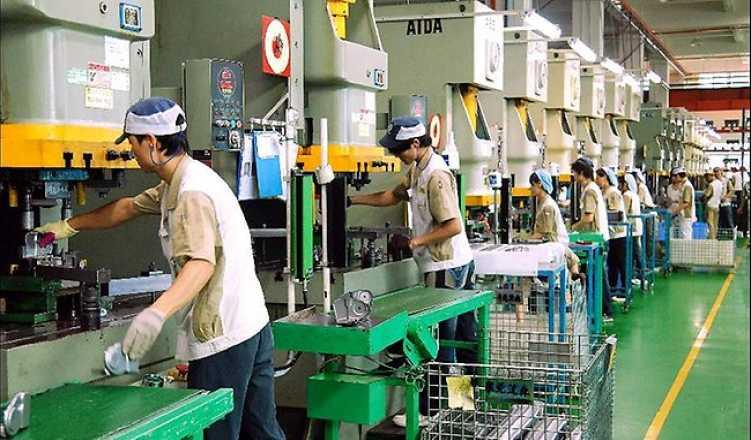 China to reduce government intervention in industrial sector