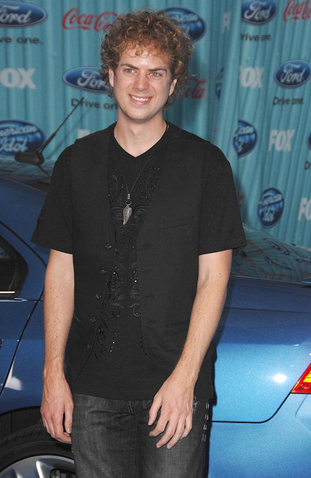 "Finalist <a href=""/scott-macintyre/contributor/2461100"">Scott MacIntyre</a> arrives at the <a href=""/american-idol/show/34934"">""American Idol""</a> Top 13 Party held at AREA nightclub on March 5, 2009 in Los Angeles, California."