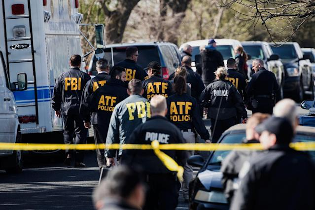 <p>Authorities work on the scene of an explosion in Austin on Monday, March 12, 2018. (Photo: Ricardo B. Brazziell/Austin American-Statesman via AP) </p>