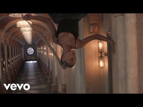 """<p>Let's be honest here, Ari has plenty of bops to sing-along to, but this one still continues to be one of the best. </p><p><a href=""""https://www.youtube.com/watch?v=ffxKSjUwKdU"""" rel=""""nofollow noopener"""" target=""""_blank"""" data-ylk=""""slk:See the original post on Youtube"""" class=""""link rapid-noclick-resp"""">See the original post on Youtube</a></p>"""