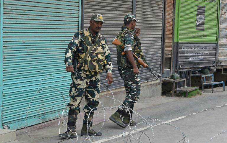Delhi cut phone lines and imposed severe restrictions on the movement of people in Kashmir as it feared an angry response after stripping the state of its special status (AFP Photo/Tauseef MUSTAFA)