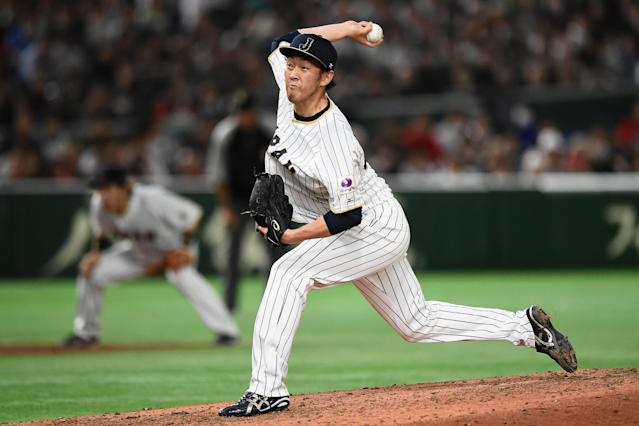 Yoshihisa Hirano has reportedly agreed to a two-year deal with the Arizona Diamonbacks. (Getty)