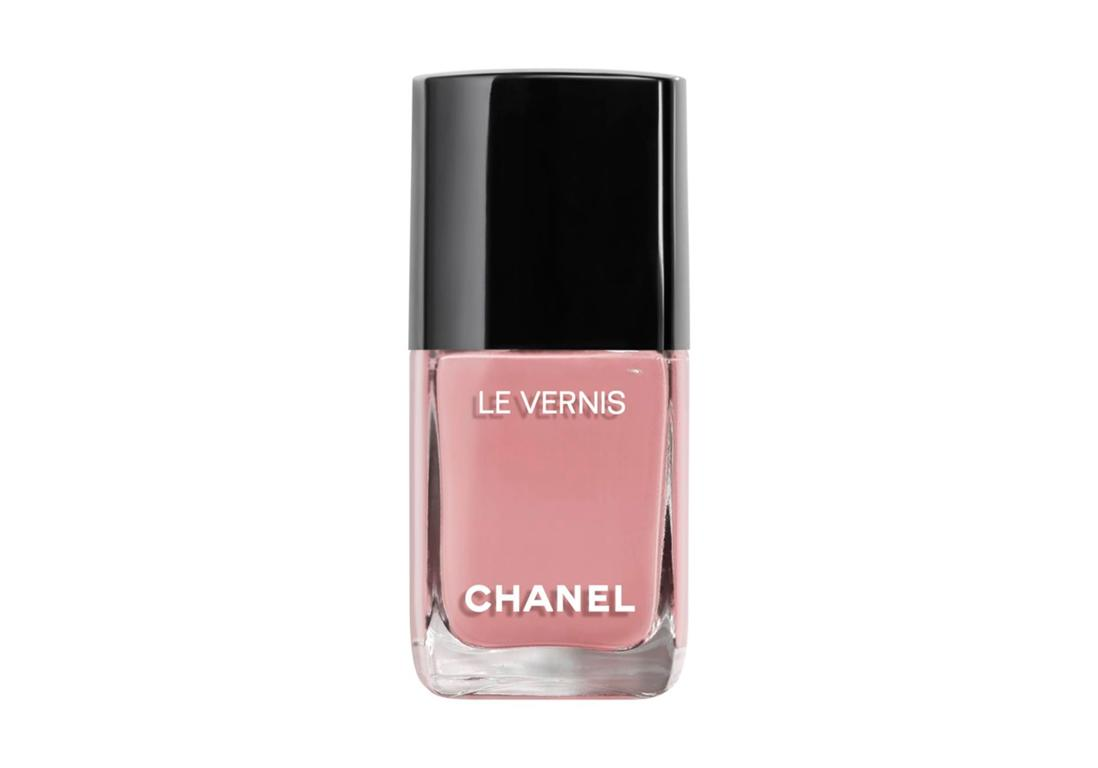 """26€<br/><br/><a target=""""_blank"""" href=""""https://www.chanel.com/fr_FR/parfums-beaute/maquillage/p/ongles/vernis-a-ongles/le-vernis-longue-tenue-p159500.html#skuid-0159735"""">Acheter</a>"""