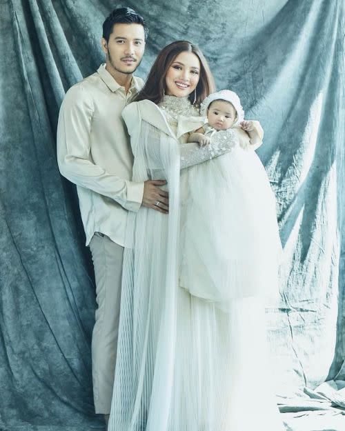 Fazura and Fattah introduce baby Fatima for the first time