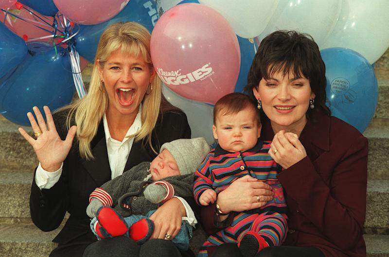 PA NEWS PHOTO 13/1/95 TV PRESENTER ULRIKA JONSSON (LEFT) WITH HER THREE-MONTH OLD SON CAMERON AND LORRAINE KELLY WITH HER SEVEN-MONTH OLD DAUGHTER ROSY AT THE LAUNCH OF TOMMY'S PARENT FRIENDLY AWARDS SUPPORTED BY KLEENEX/HUGGIES NAPPIES IN LONDON (Photo by Neil Munns - PA Images/PA Images via Getty Images)