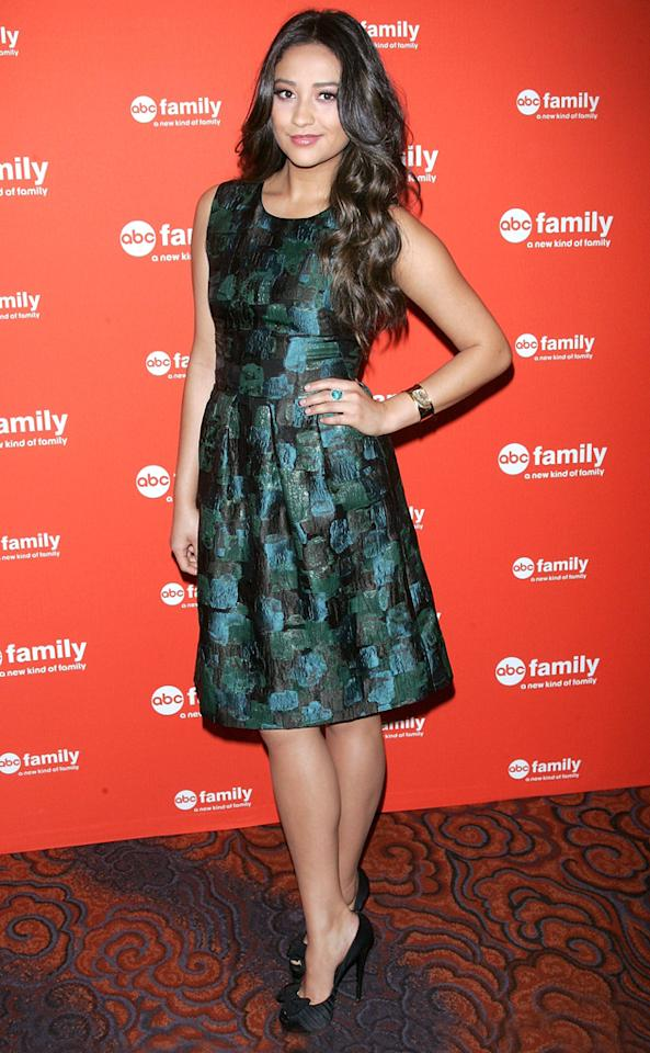 """Shay Mitchell (""""<a href=""""http://tv.yahoo.com/pretty-little-liars/show/39256"""">Pretty Little Liar</a><a>s</a>"""") attends ABC Family's 2012 Upfront Presentation at the Mandarin Oriental Hotel on March 19, 2012 in New York City."""