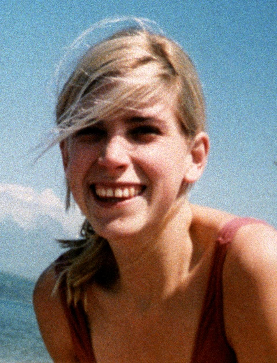 Rachel Nickell, who was brutally murdered on Wimbledon Common, in London, in 1992. 18/10/1998: Colin Stagg, the man cleared of murdering Rachel on Wimbledon Common,   has defended selling his story for thousands of pounds.  * ...saying:
