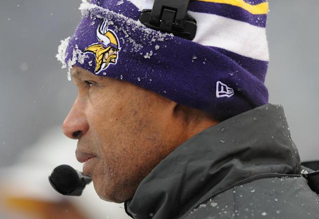Minnesota Vikings head coach Leslie Frazier watches action in the first half of an NFL football gameagainst the Baltimore Ravens, Sunday, Dec. 8, 2013, in Baltimore. (AP Photo/Gail Burton)