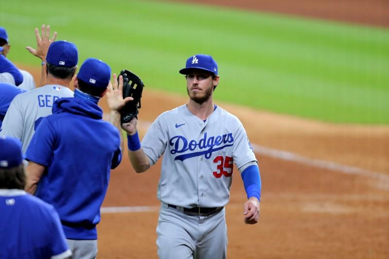 MLB roundup: Benches clear in Dodgers' win over Astros