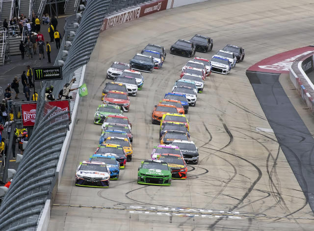 Drivers start the Drydene 400 NASCAR Cup Series playoff auto race, Sunday, Oct. 6, 2019, at Dover International Speedway in Dover, Del. (AP Photo/Jason Minto)